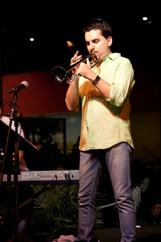 Juan Moreno. Acordes Escuela de Música Moderna