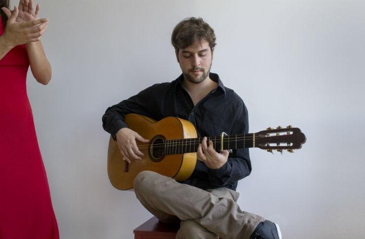 Daniel Santos - Guitarra